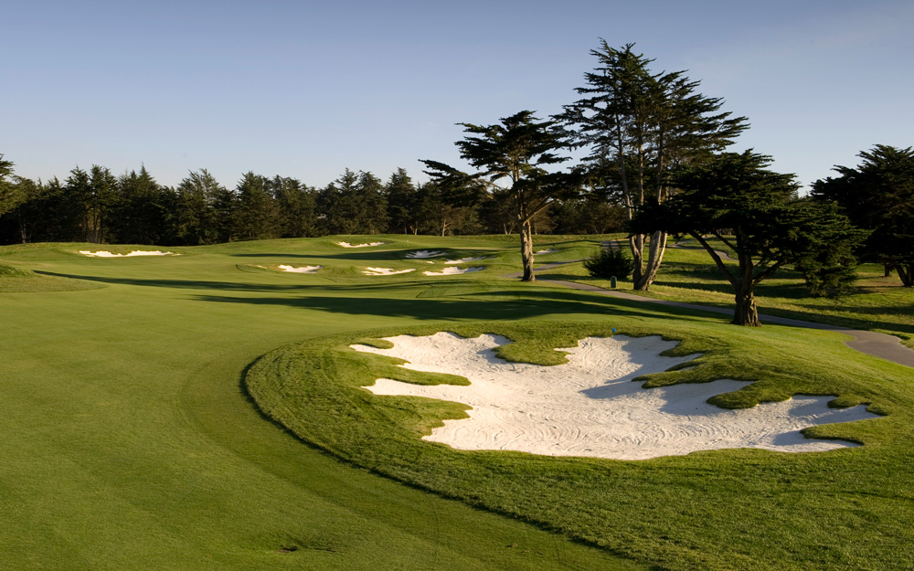 black-horse-golf-course-hole-1